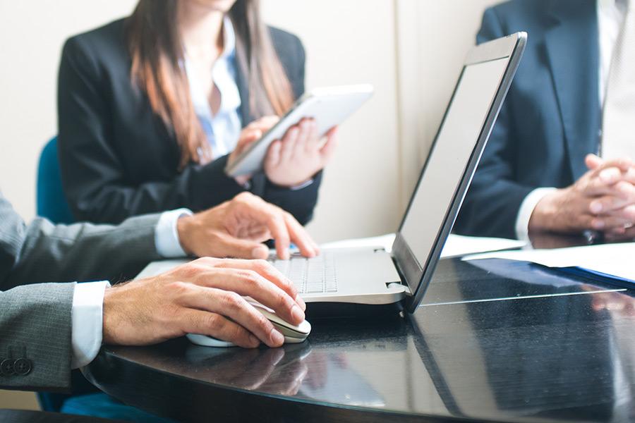 Daten-Websites für Rechtsanwälte